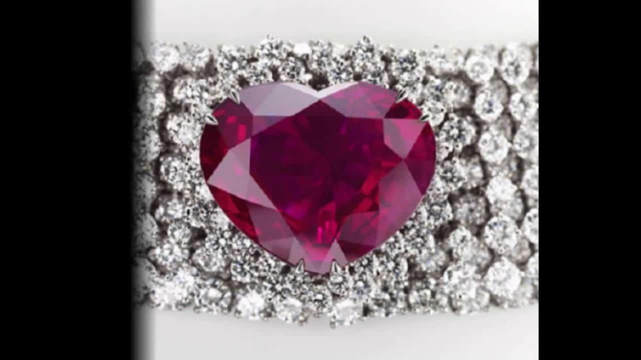 أثمن المجوهرات قلب الملكة