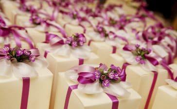 كيف تشكرين ضيوف زفافك