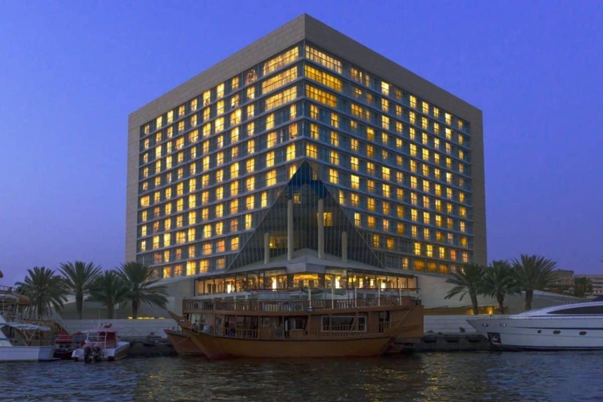عروض خيالية في دبي من خلال أجمل المطاعم