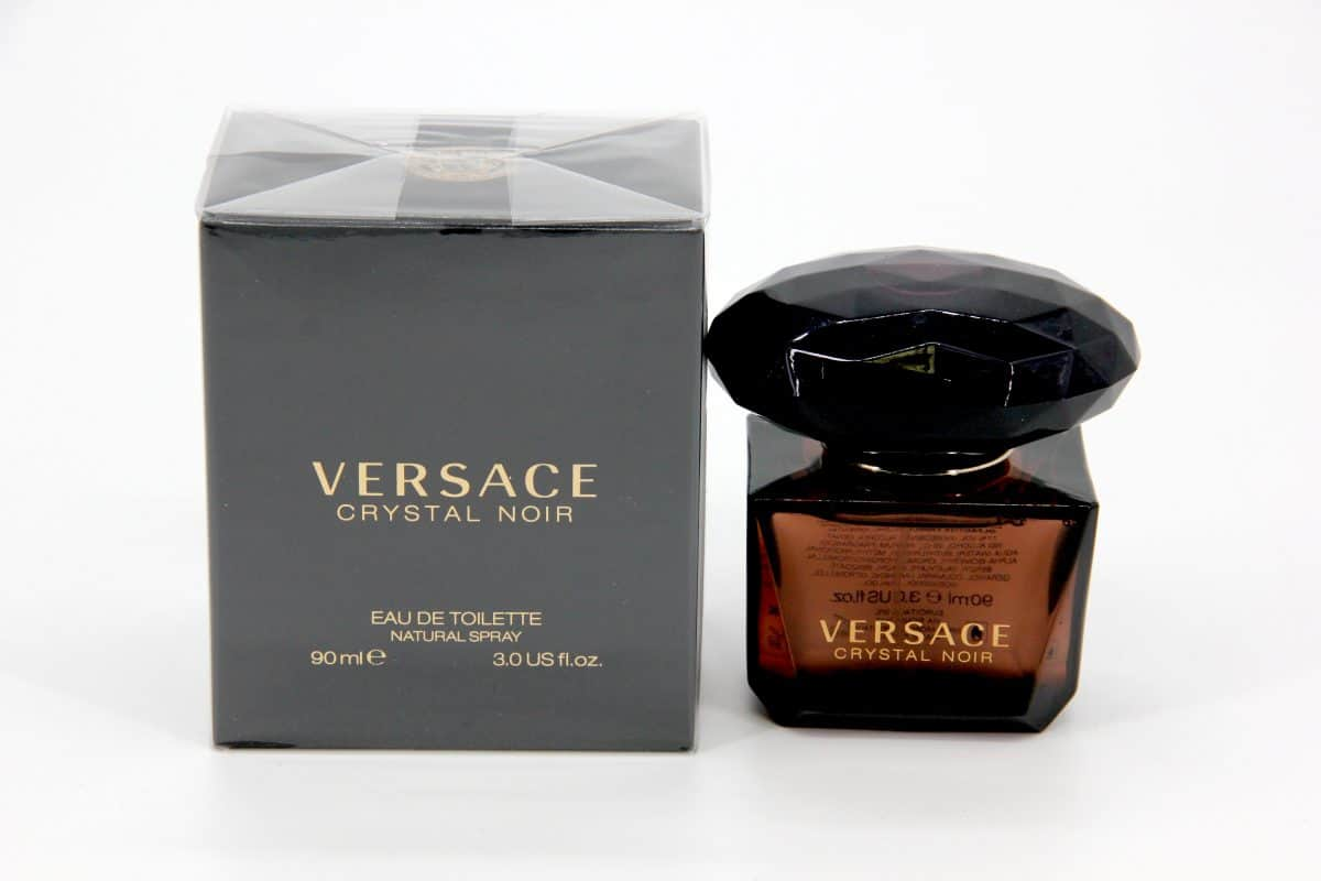 عطر Versace Crystal Noir Eau De Parfum من علامة فرزاتشي