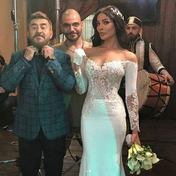 فستان من تصميم حورية البحر أنيق لنادين نجيم