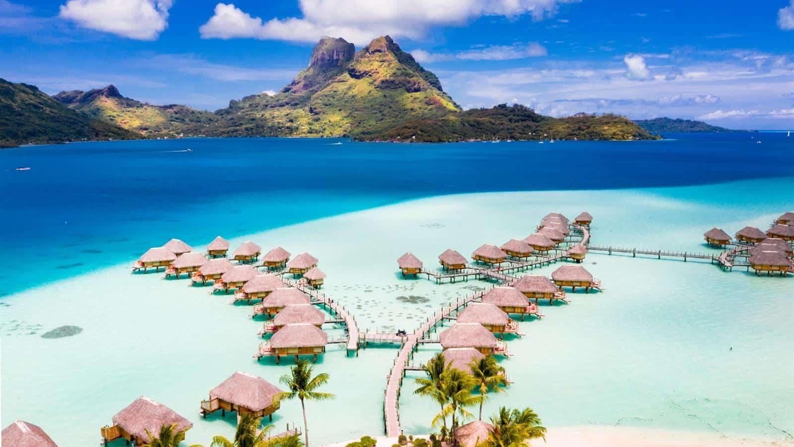 أماكن يزورها المشاهير للسياحة بورا بورا