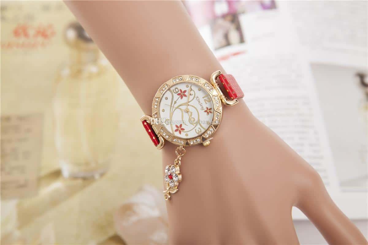 ساعات يدوية فخمة لإطلالة ممتازة