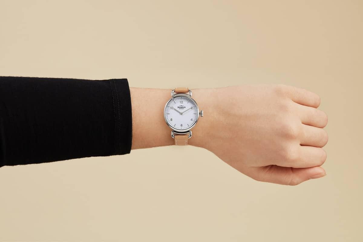 أحدث الساعات اليدوية لإطلالة فخمة
