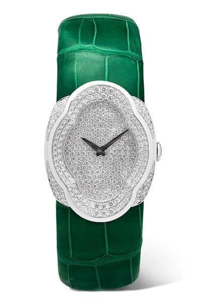 ساعة يدوية ملونة من علامة بوتشيلاتي Buccellati