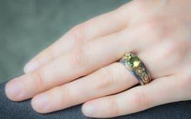 أفضل مجوهرات حجر البريدوت
