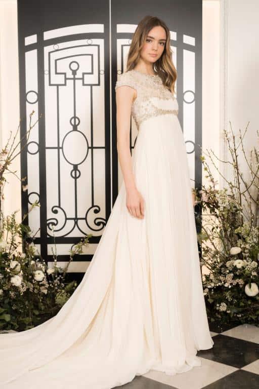 فستان زفاف من jenny Packham