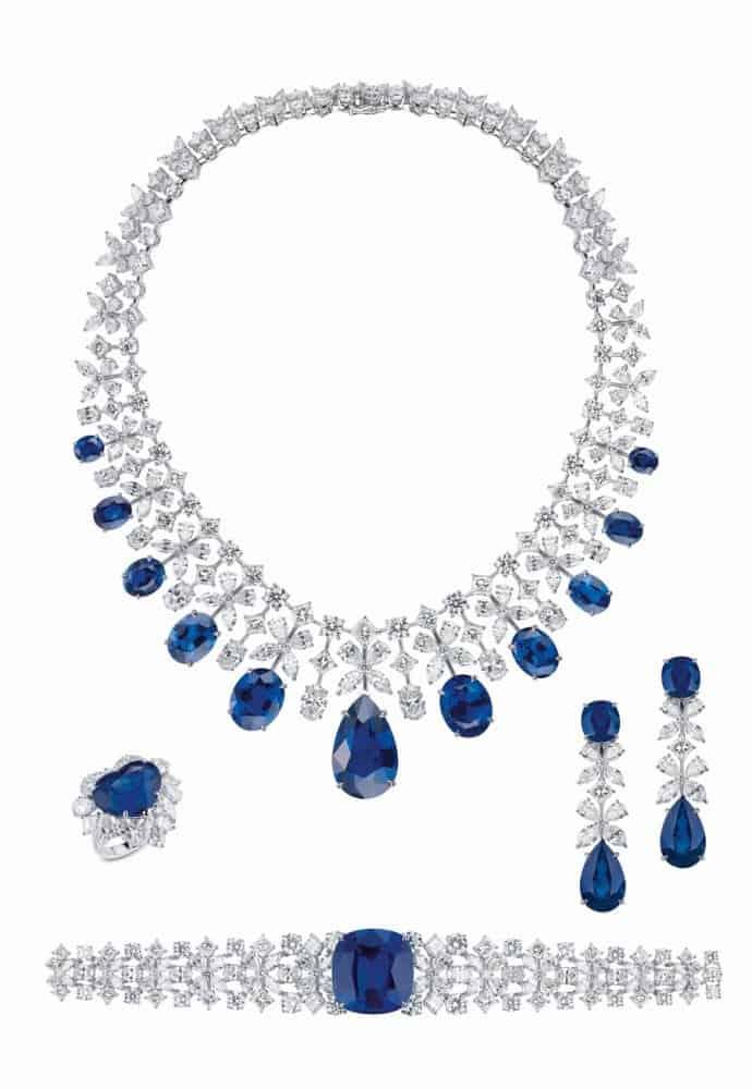 طقم مجوهرات ياقوت أزرق أوسيانا من علامة معوض Mouawad
