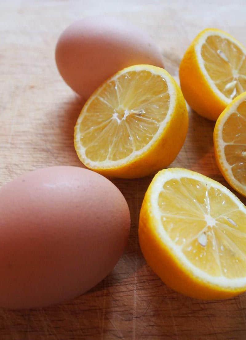خلطة أصفر البيض مع الليمون للعناية بالأظافر