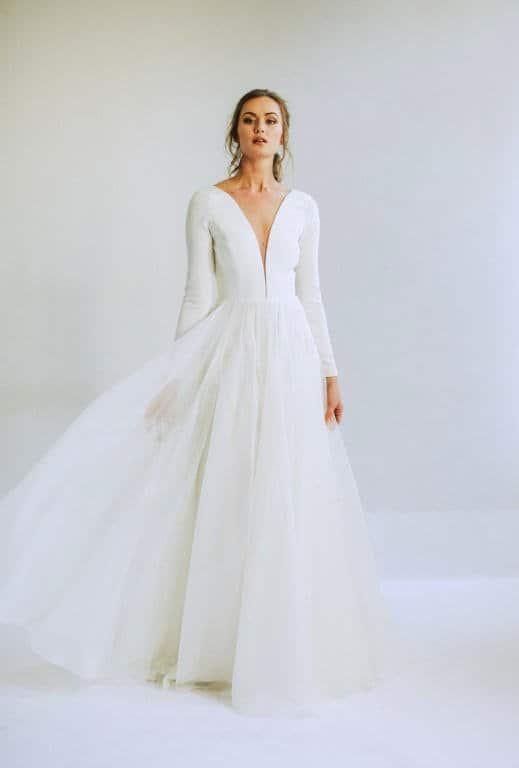 فستان زفاف من Leanne Marshall