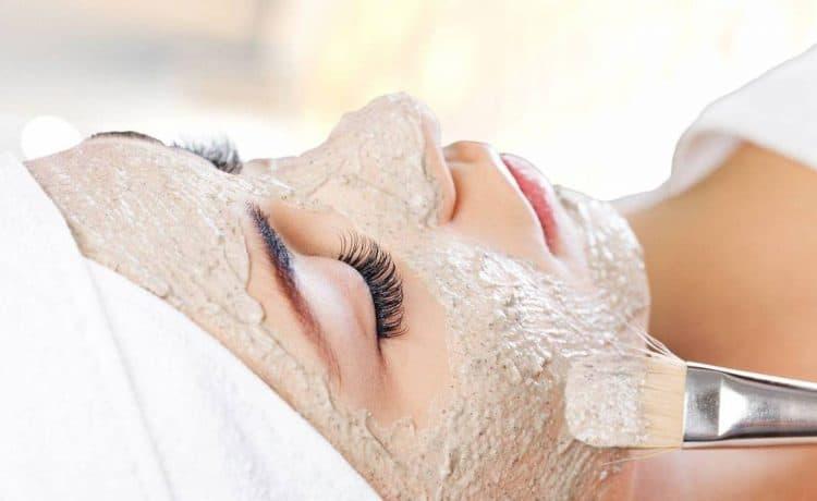 ماسك الشوفان لتنظيف البشرة