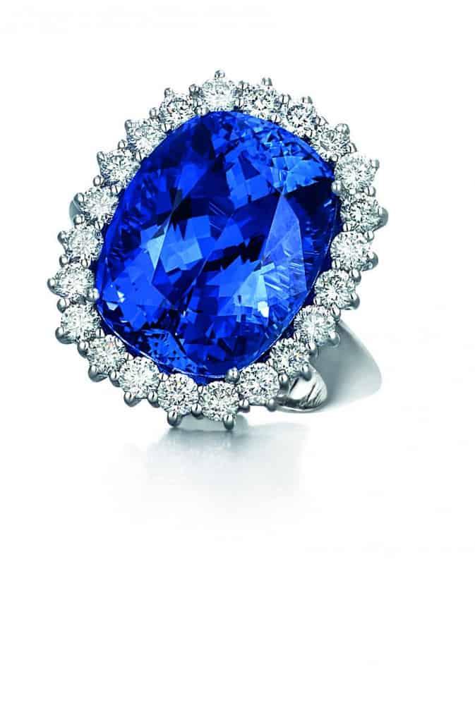 خاتم ياقوت أزرق من ماركة روبرتو كوين Roberto Coin