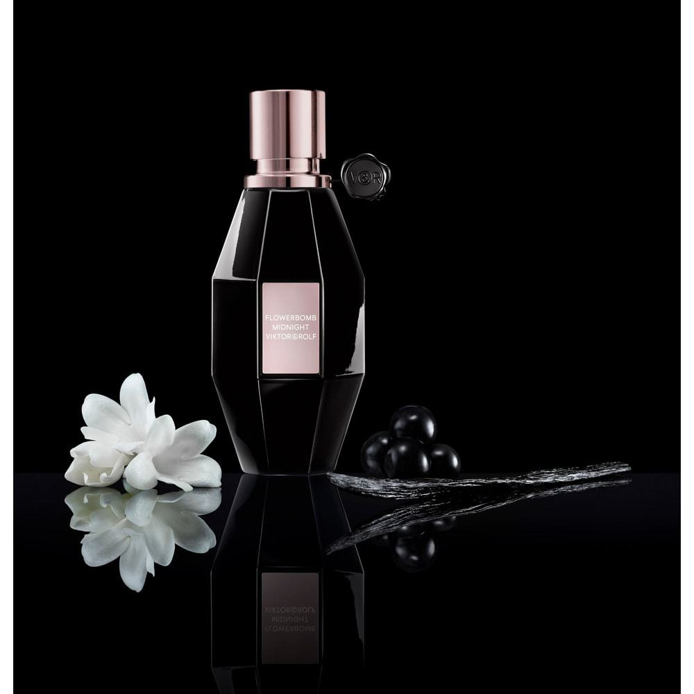 عطر Flowerbomb Midnight من ماركة Viktor & Rolf