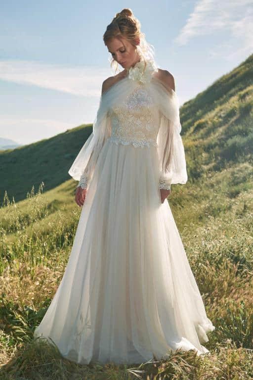 فستان زفاف من Tadashi Shoji