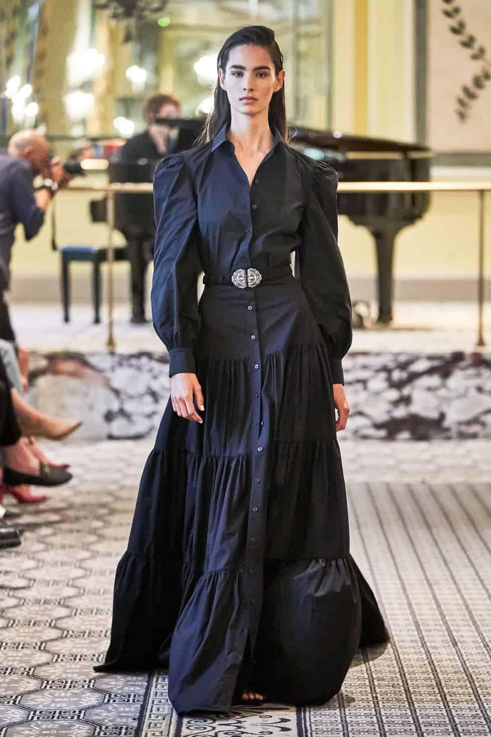 الفساتين ذات الأكمام الطويلة من Brock Collection