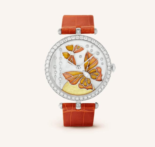 ساعة يد من ماركة فان كليف أند اربلز Van Cleef & Arpels