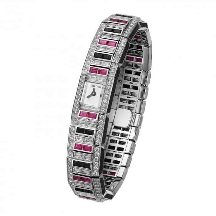 ساعة يد من ماركة كارتييه Cartier