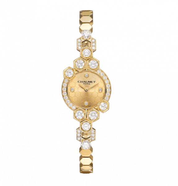 ساعة يد من ماركة شوميه Chaumet