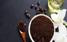 أقنعة القهوة لشعر ناعم
