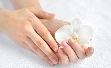 أفضل الوصفات لتنعيم يديك قبل الزفاف عليك تجربتها