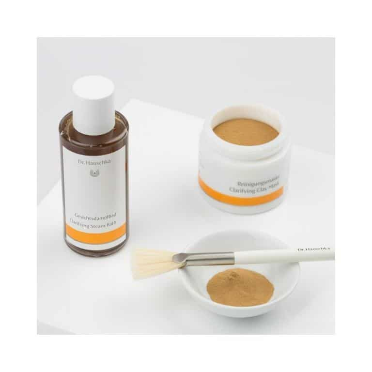 منتج قناع Clarifying Clay Mask من Dr. Hauschka