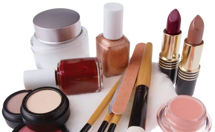 أدوات التجميل القديمة