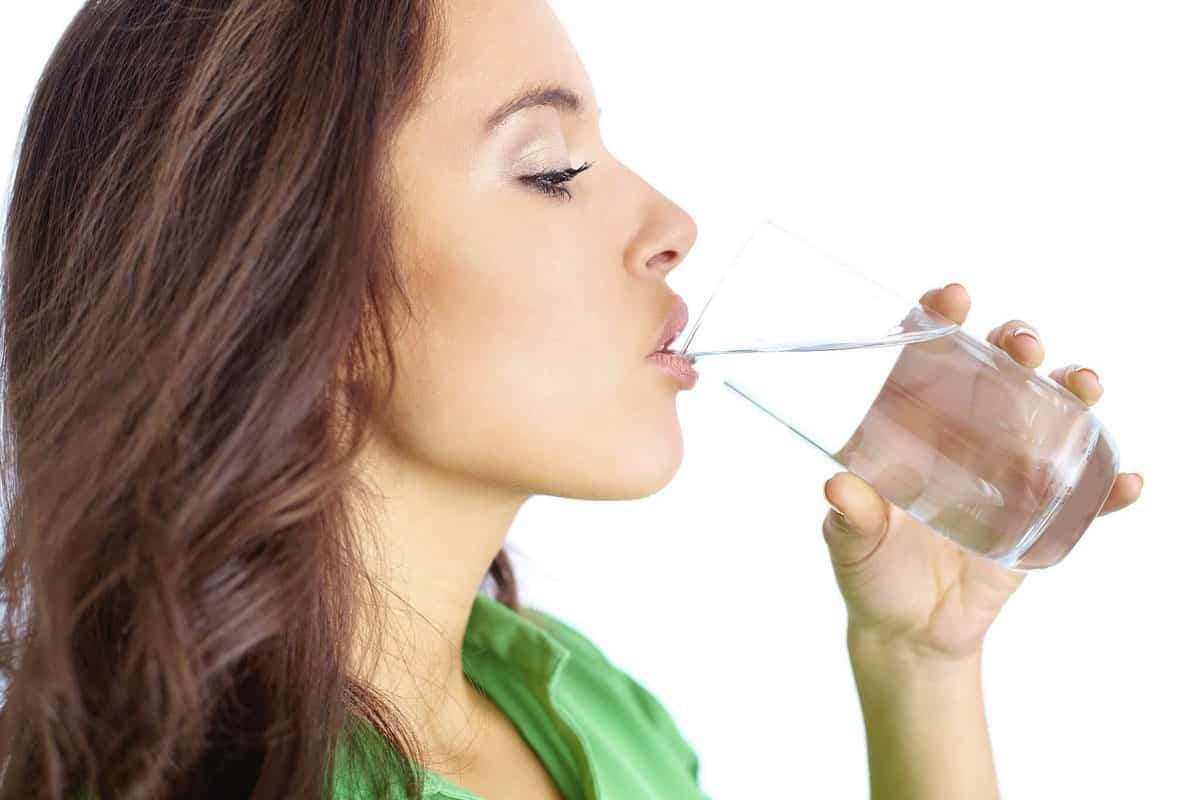 شرب الماء بكميات غير كافية