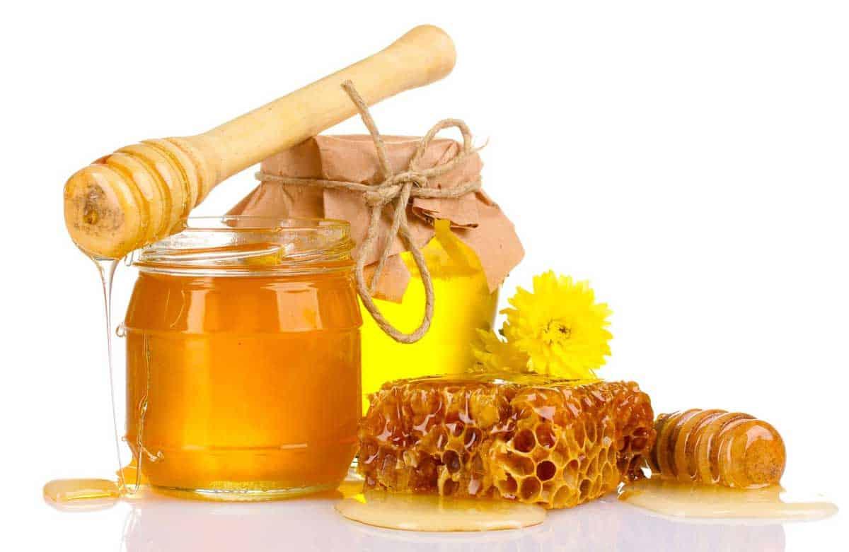 قناع الموز مع العسل لبشرة نضرة