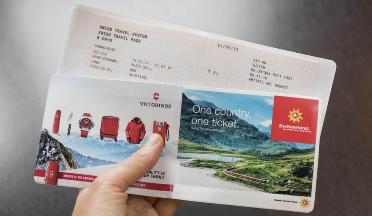 امتلاك بطاقة النقل السويسرية