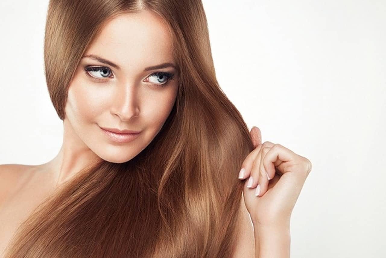 أفضل الأقنعة لتنعيم الشعر عليك تجربتها