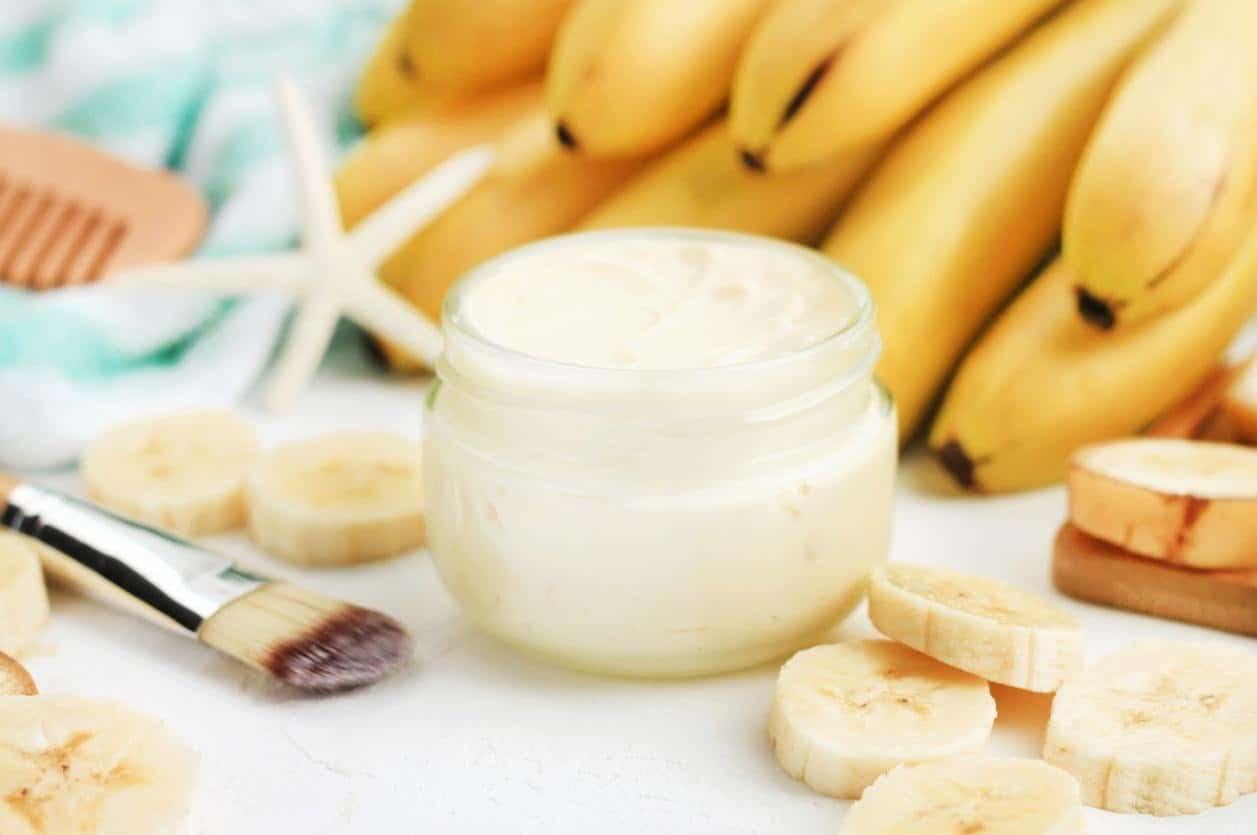 خلطة الموز واللوز والحليب