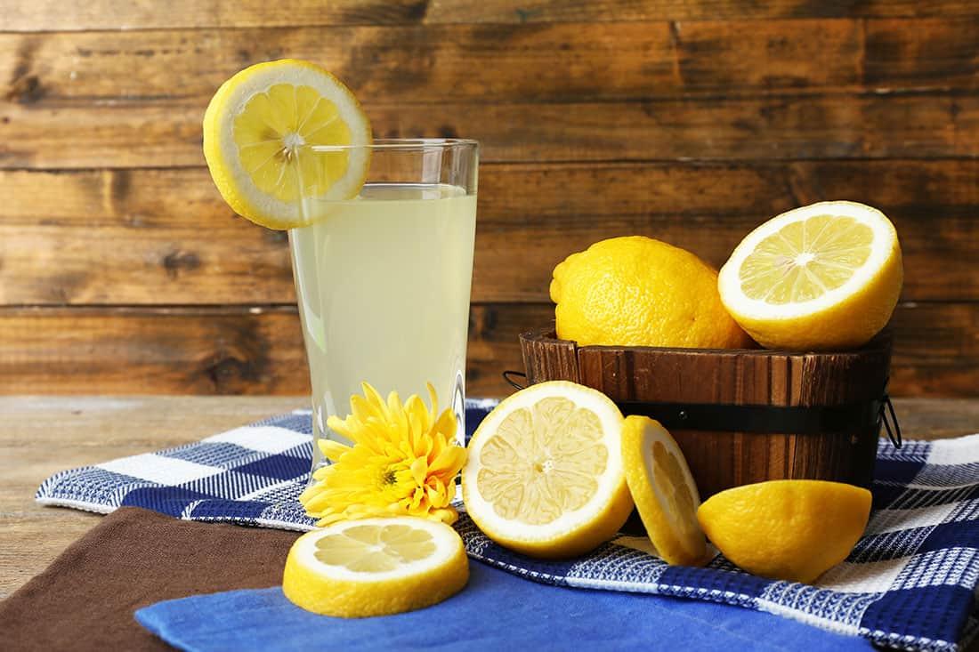 ماسك الزبادي مع عصير الليمون لشد البشرة