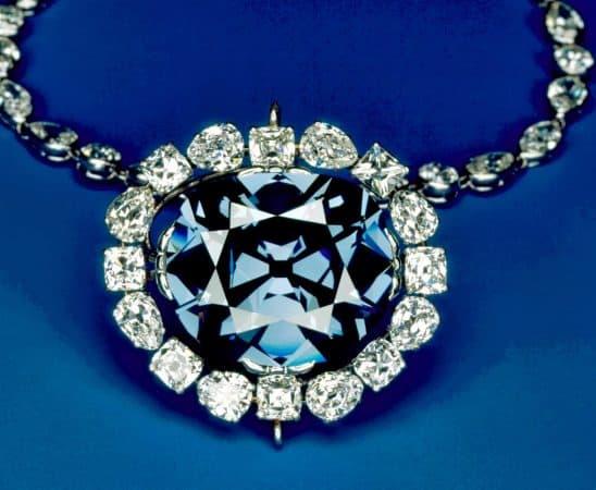 مجوهرات مستوحاة من الصحراء