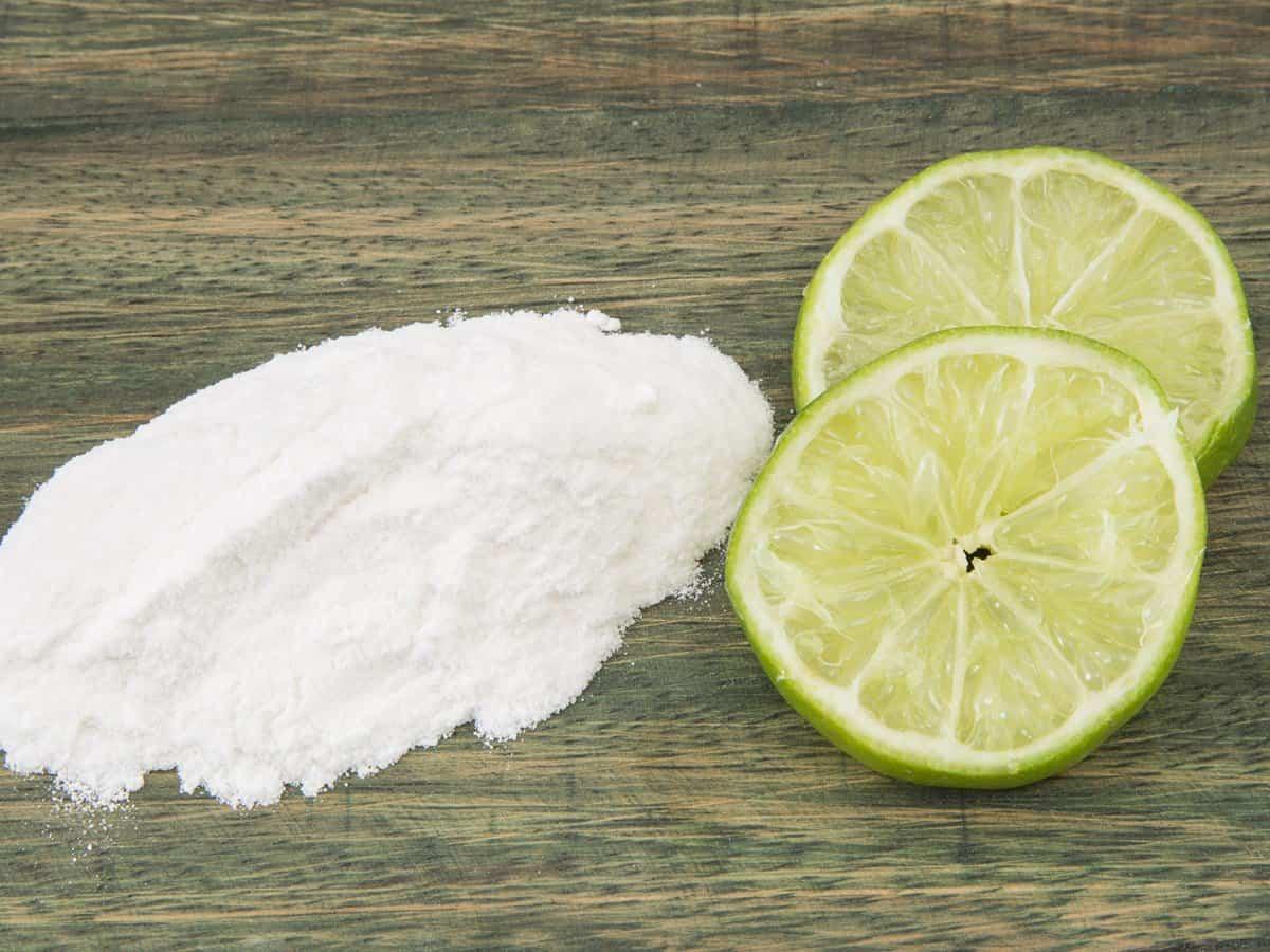 عصير الليمون مع صودا الخبز