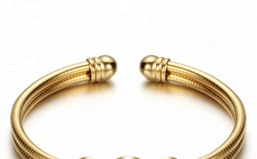 أجمل الأساور الذهبية الرقيقة