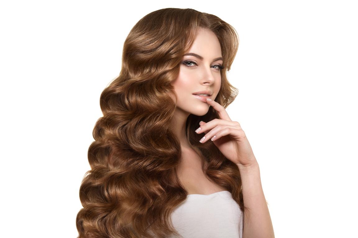 أفضل الطرق لتعطير الشعر مجربة وفعالة