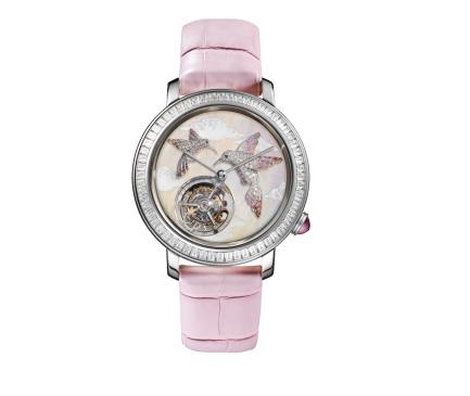 ساعة من ماركة بوشرون Boucheron