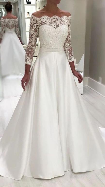 فستان زفاف مع حزام على الخصر