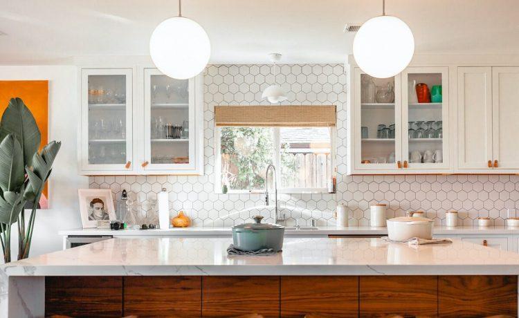 أفكار بسيطة لتجديد ديكور المطبخ دون صرف مبالغ طائلة