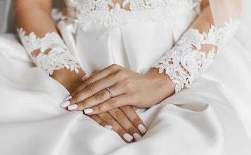 تجنبي هذه الأخطاء لتطبيق مانكير مثالي في حفل زفافك