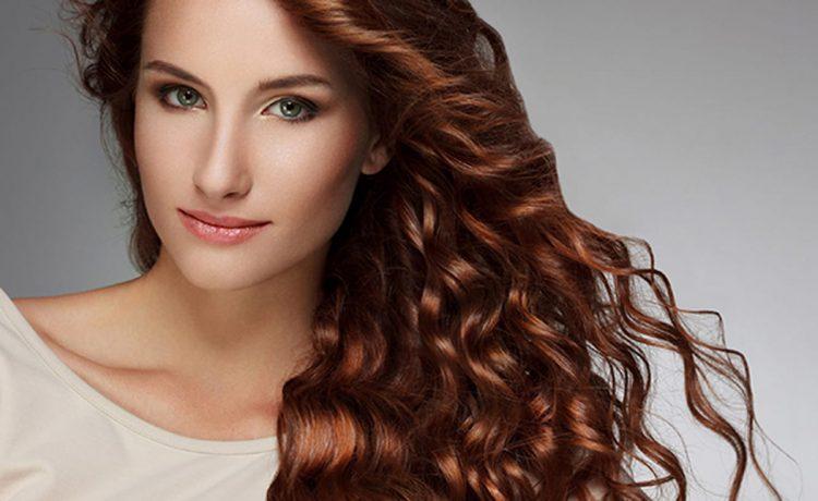 أفضل خلطات طبيعية لتكثيف الشعر