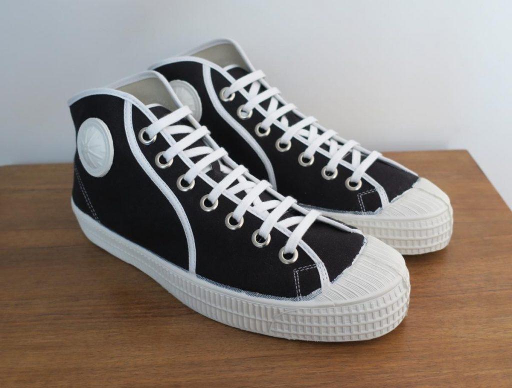 موديلات الأحذية الرياضية التي عليك تبنيها هذا الموسم