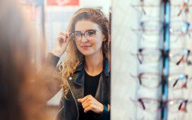 نصائح الخبراء لاختيار النظارة المناسبة لك بحسب شكل وجهك