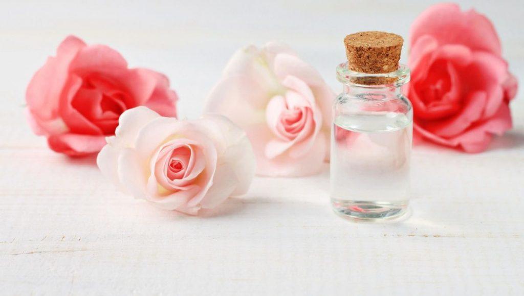 كيفية تحضير ماء الورد