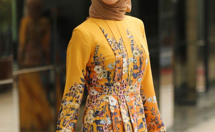 تشكيلة رائعة من الفساتين لإطلالات أنيقة في سهرات رمضان الكريم