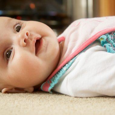 تجنبي القيام بهذه الأشياء مع طفلك الرضيع