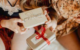 ما هي الهدية التي يجب تقديمها لحواء بعد تخطيها 40 سنة؟