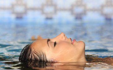 أفضل ماسكرا مقاومة للماء يمكنك تجربتها هذه الصائفة