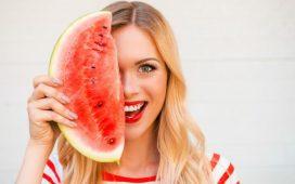 جربي أقنعة البطيخ الأحمر لبشرة صحية هذا الصيف