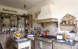 لمحبات الأصالة والطابع الريفي إليك هذه التصاميم الراقية من ديكورات المطابخ